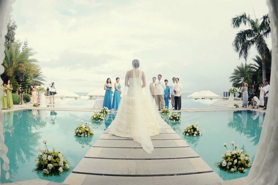 25 Out Of The Box Ideas For Your Destination Wedding: Destination Wedding Invitation Tips